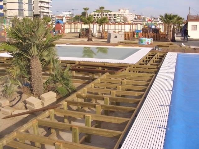 Passerelle in legno camminamenti da spiaggia de biagi for Magri arredamenti